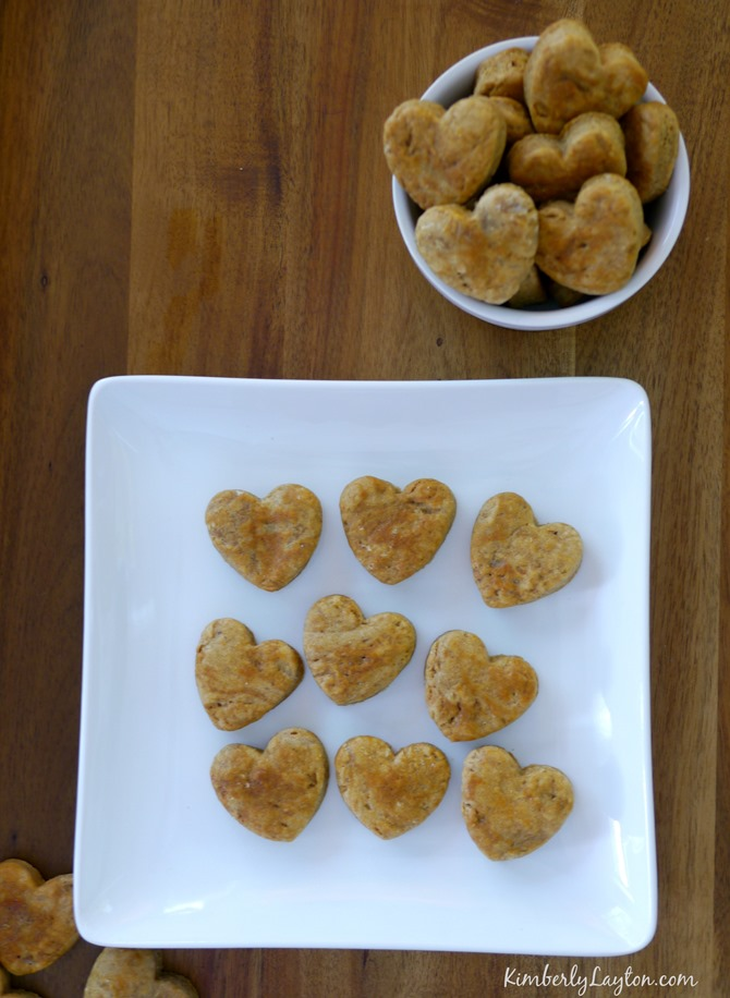 Homemade Dog Treats - Peanut Butter Hearts - KimberlyLayton.com