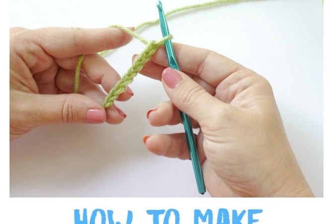 How-to-Make-a-Chain-Stitch-Crochet-Lesson-on-KimberlyLayton.com_.jpg