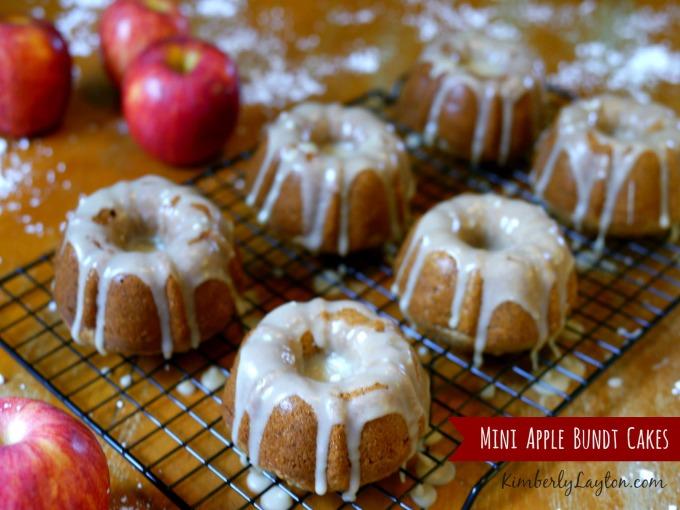 Mini Apple Bundt Cakes